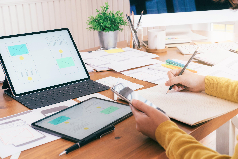 computer-software-developer-designing-user-interfa-ZBD3AUQ