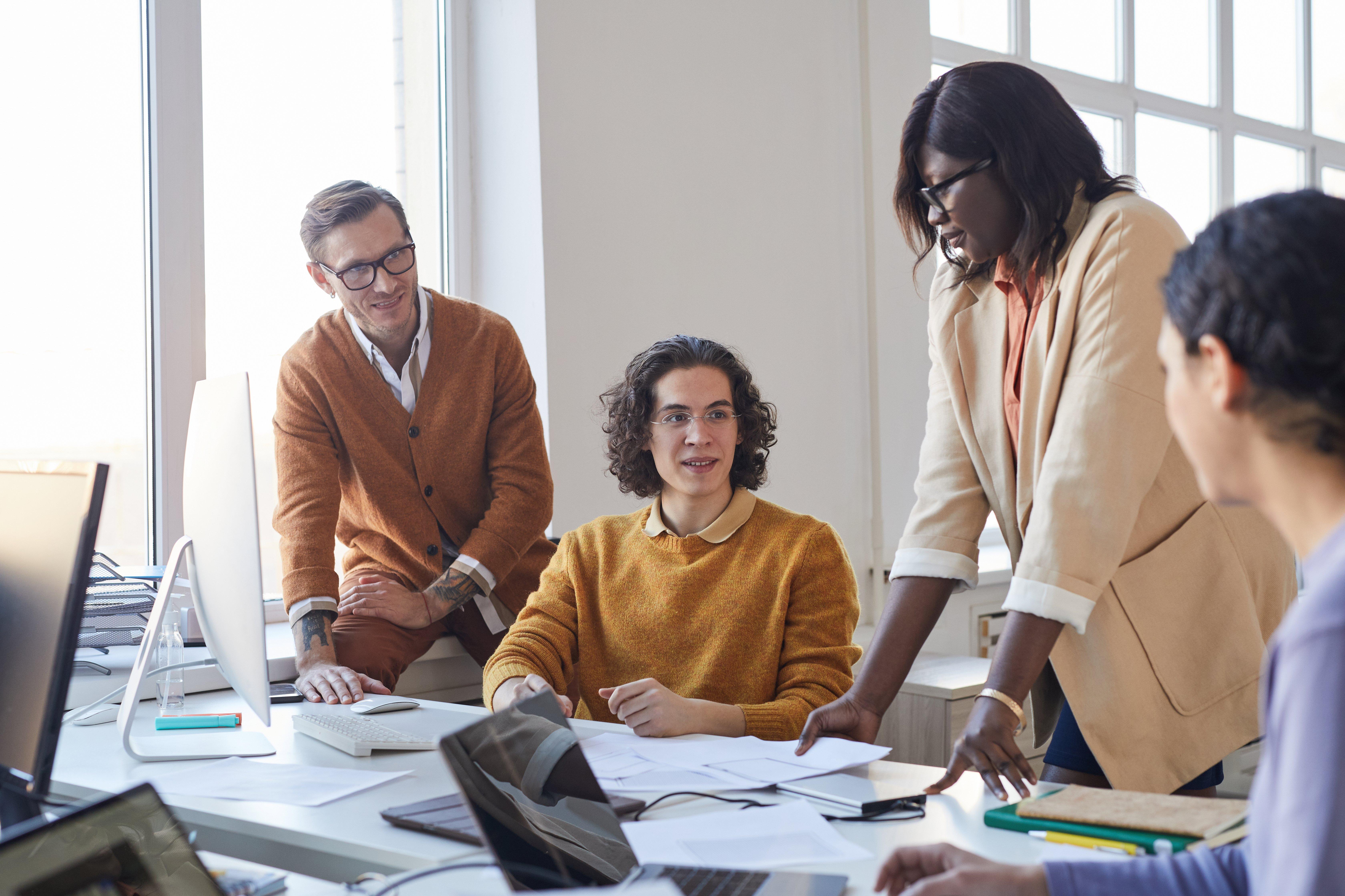 it-developers-team-in-office-2021-04-06-22-27-48-utc
